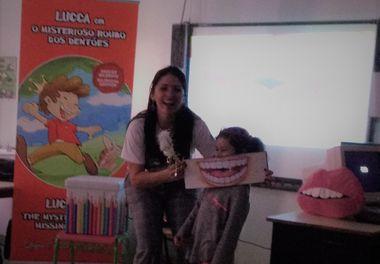 """Último dia das """"Histórias Sorridentes"""" na biblioteca da Escola de São Luís em Faro"""