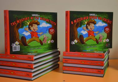 """Hora do Conto - Story Time : Livro """" O Misterioso Roubo dos Dentões - The Mystery of the Missing Teeth""""- Colégio Bernardette Romeira - Olhão"""
